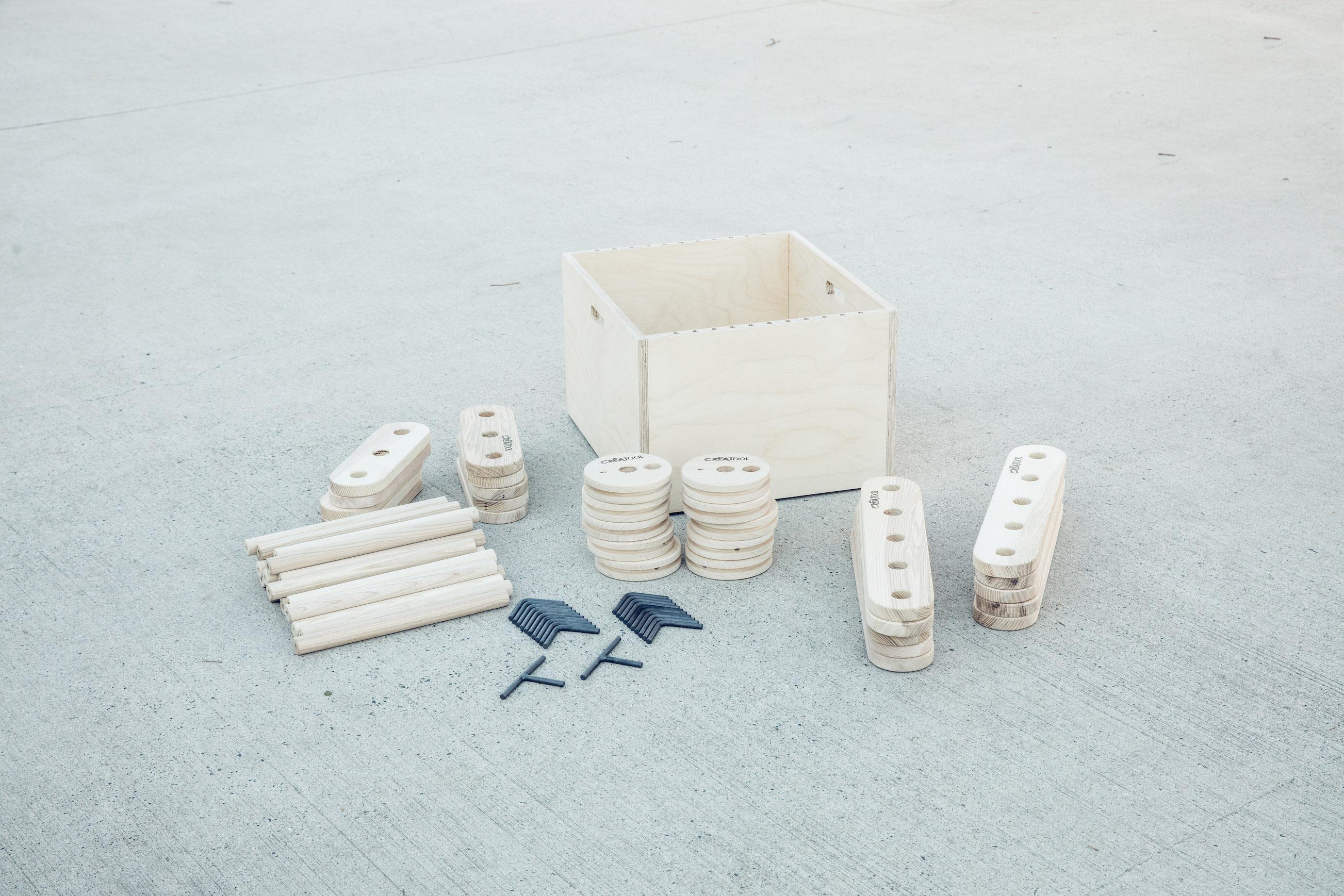 Large Set + Case
